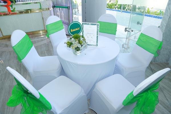 mẫu bàn ghế 4