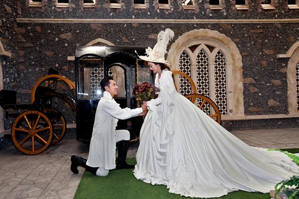 Nguồn gốc và ý nghĩa tục lệ tung hoa cưới