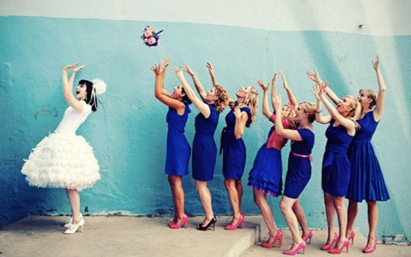 Ý nghĩa tung hoa cưới